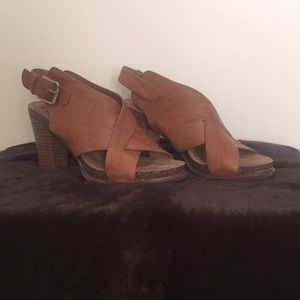 Sofft Platform Sandals